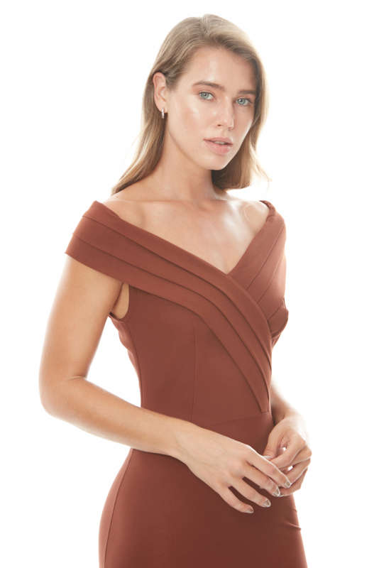 Brown crepe dress
