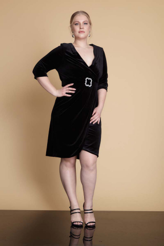 Black plus size velvet 3/4 sleeve mini dress